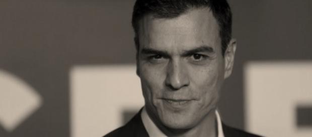 Pedro Sánchez, el nuevo galán joven alto y guapo de la política