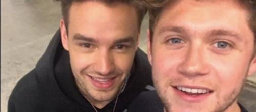 A Mini One Direction Reunion Happened at This Concert |https://www.youtube.com/watch?v=No0JlQzgL6Y