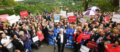 American activist aiding Corbyn in UK - CNNPolitics.com - cnn.com