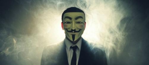 Il video, diventato virale, non è però nel canale ufficiale degli hackers