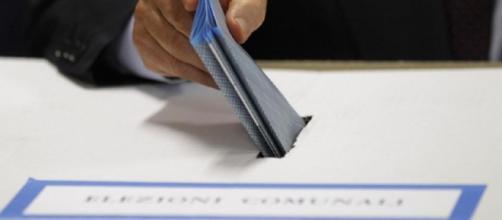 Ballottaggi Amministrative 2017, clamorosi i risultati di Pistoia e Carrara