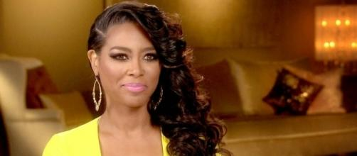 Inside Kenya Moore's Memoir, Invisible | All Things Real Housewives - allthingsrh.com