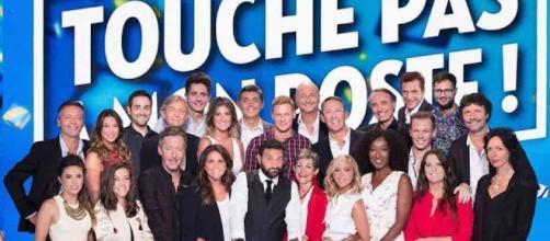 Photo de classe de l'émission Touche Pas a Mon Poste pour la saison 2016-2017