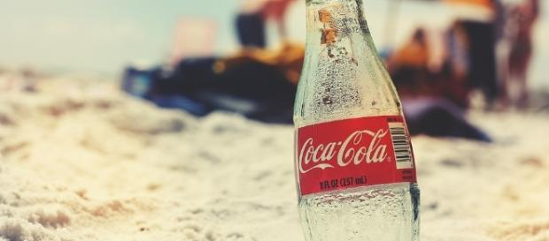 Dermatologists say it's dangerous to use Coke for tanning. - Pixabay/stevenpb