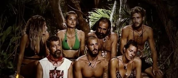 Los concursantes de Supervivientes eligen bando tras la discusión entre Alba Carrillo y Alejandro