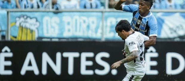 O Corinthias foi incansável na vitória sobre o Grêmio (Foto: Reprodução)