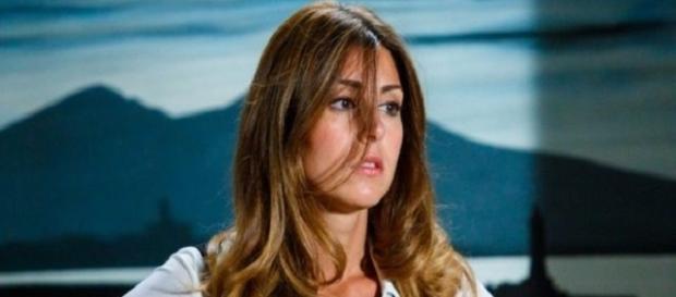 Un posto al sole, trame dal 3 al 7 Luglio: Serena ha paura dei suoi sentimenti?
