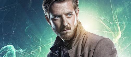 DC's 'Legends of Tomorrow': Rip Hunter will return in Season 3 (Image Credit: bamsmackpow.com)