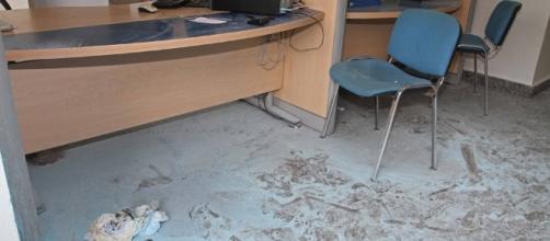 Il luogo dove la donna si è dato fuoco presso gli uffici dell'Inps