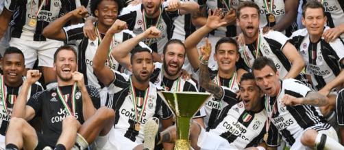 Juventus, vincitrice del sesto scudetto consecutivo