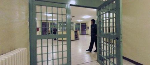 Maxi rissa nella Casa Circondariale di Larino, nasi rotti e proteste del SAPPE