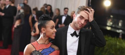 Robert Pattinson and FKA Twigs. - YouTube.com