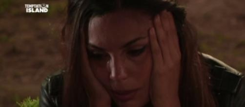 Temptation Island 2017, Valeria in lacrime