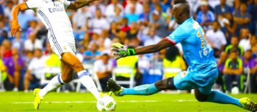 Un attaquant du Real va arriver à Lyon.