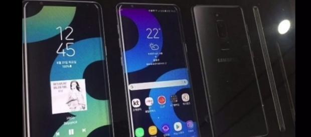 0:00 / 3:27 Samsung Galaxy Note 8 Real Look and Photos Leaks: (D Technology/YouTube ScreenShot) https://www.youtube.com/watch?v=NB7UisCzpAk