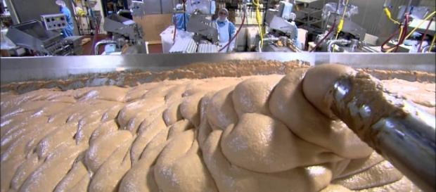 Confira como é feita a salsicha (Foto: Reprodução)