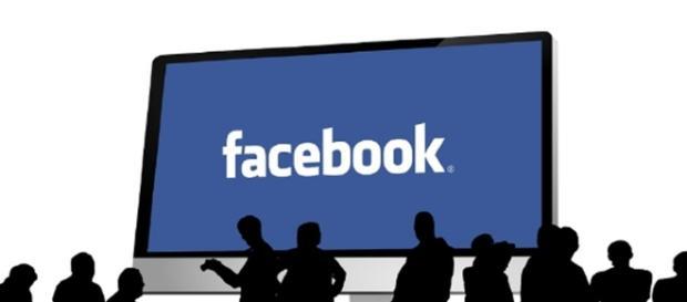 Facebook reaches 2 billion users. Image credit CCO Public Domain Pixabay