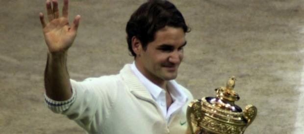 Roger Federer Wimbledon 2012 Champion (Wikimedia Commons - wikimedia.org)