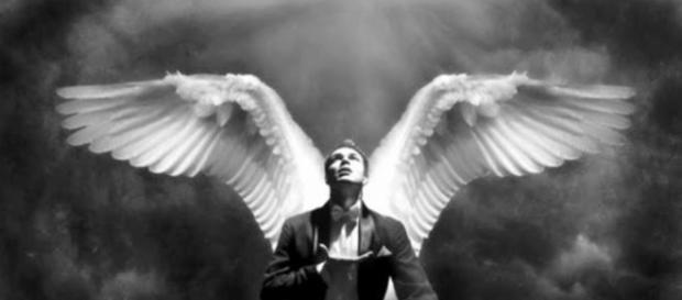 Estar sozinho e não se sentir solitário pode indicar que você está acompanhado de seu anjo da guarda