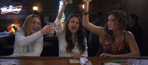 Bad Moms' Christmas film hit theaters this November screen grab via Youtube