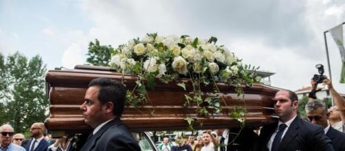 Celebrati a Milano i funerali di Paolo Limiti (Fonte: ansa.it)