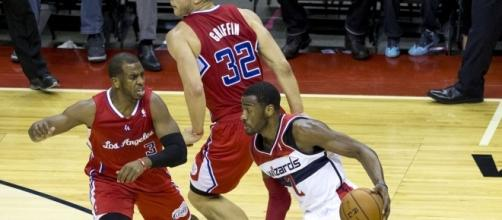 Chris Paul guarding John Wall-Flickr