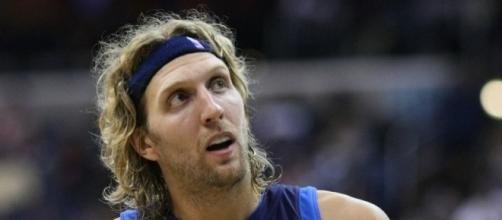 Dirk take a looks at the fans as he goes to the bench   Flickr   Keith Allison
