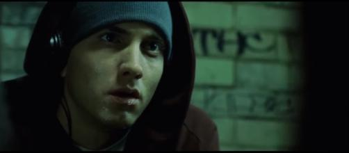 Eminem - Lose Yourself [HD] - msvogue23/YouTube