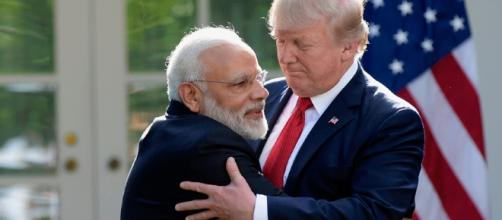 Modi meeting Trump... -image source Pixabay.com