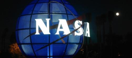 According to Anonymous, NASA will soon be announcing the existence of aliens. [Image via Flickr/Mat Hampson]