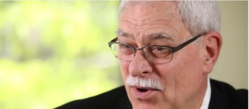 Phil Jackson leaves the New York Knicks Youtube / TIME