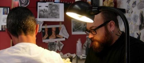 Tatuagens e piercings e seus tabus