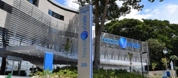 Centro Cardiológico do Hospital viValle, em São José dos Campos, recebeu equipe para cirurgia inédita na região (Foto: Reprodução)