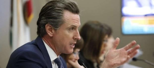 Newsom holds early fundraising lead in 2018 governor's race - SFGate - sfgate.com