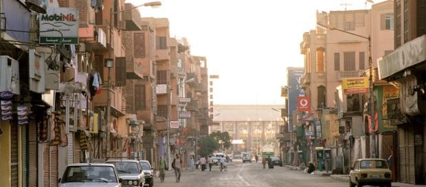 ''Sharia Mahattat'' (Railway Station Street), Luxor, Egypt (Image: Blueshade/ Wikimedia Commons (CC-2.0))