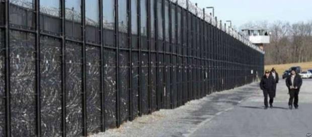 Un prototype de mur entre les USA et le Mexique d'ici septembre
