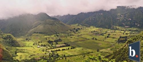 El Pululahua es un volcán activo en Ecuador