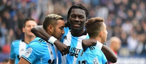Foot OM - OM : Bafé Gomis exige un salaire de Premier League pour ... - foot01.com