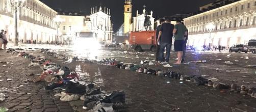 Le foto di piazza San Carlo a Torino dopo il falso allarme durante ... - ilpost.it