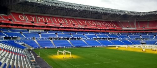Olympique Lyonnais - Stade - Foot CC BY
