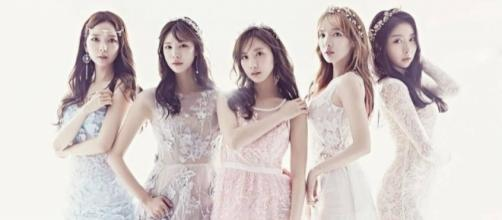 "STELLAR group teaser for 2017 K-pop comeback (via The Entertainment Pascal for ""Stellar Into the World"" Promos)"