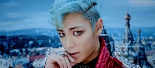 """T.O.P. in the music video for """"Fantastic Baby"""" (via YG Entertainment/Screen Capture of """"Fantastic Baby"""")"""
