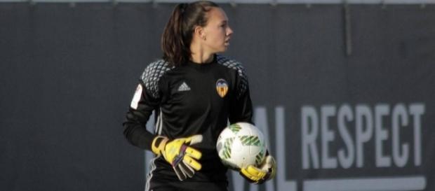 Christiane Endler el primer fichaje pagado de la Liga Española femenina