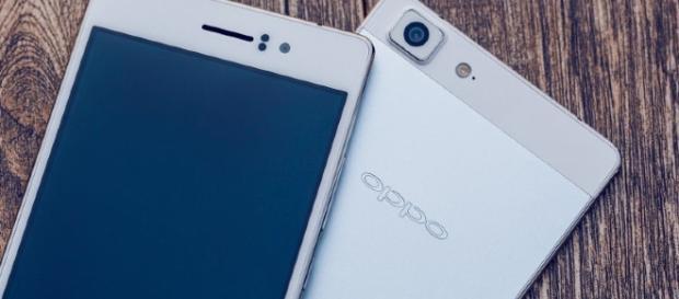 Oppo Smartphone (via Flickr - Sanjib Patra)