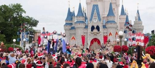 Attendance at Walt Disney Parks lower than it used to be - Photo: Blasting News Library - usnews.com