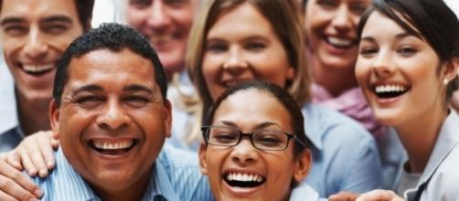 Experts explain 'smiling depression' - Photo: Blasting News Library - bacpgh.com