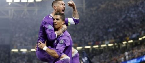 La emoción futbolística del Real Madrid al alcanzar la anhelada victoria.