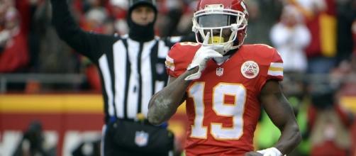 NFL roundup: Jeremy Maclin to return for Thursday Night Football - fansided.com