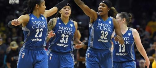 The undefeated Minnesota Lynx visit Seattle on Saturday night to take on the Storm. [Image via Blasting News image library/usatoday.com]