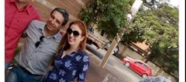"""Suzane Richtofhen flagrada tirando """"selfs"""" com fãs"""